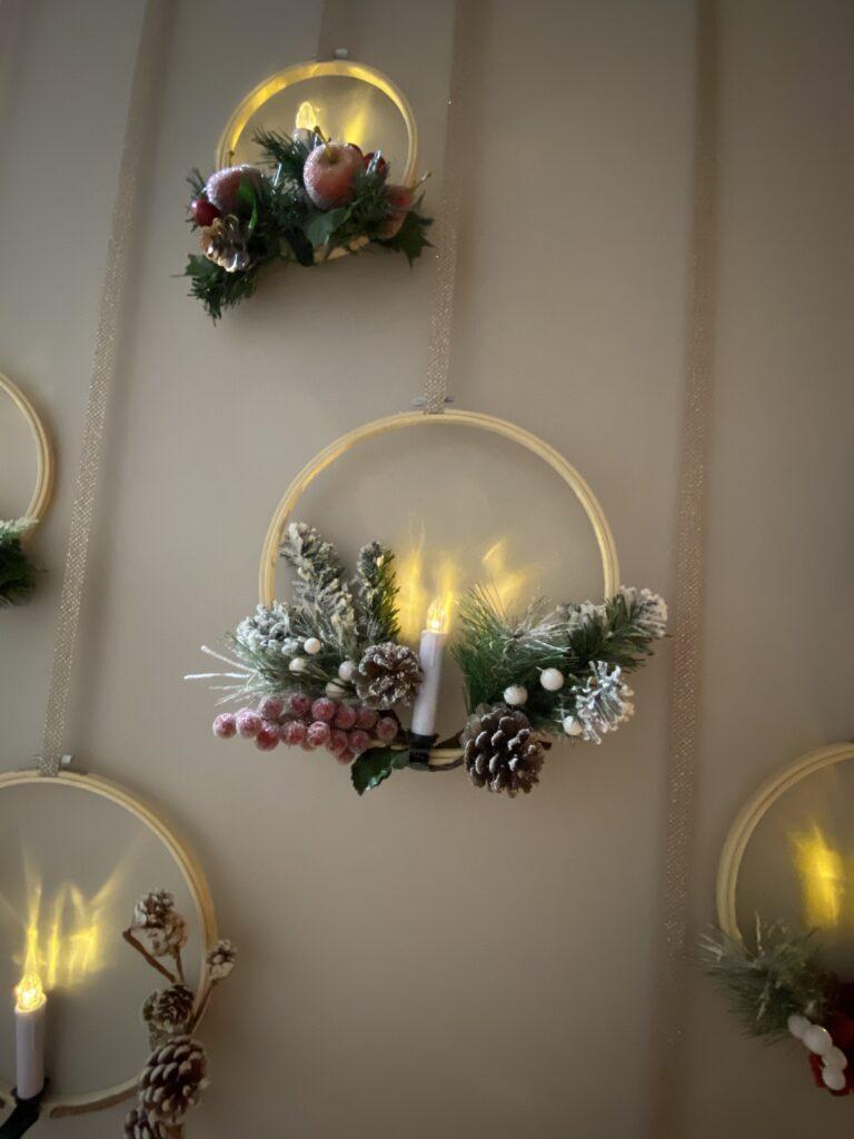 DIY Christmas wall decor